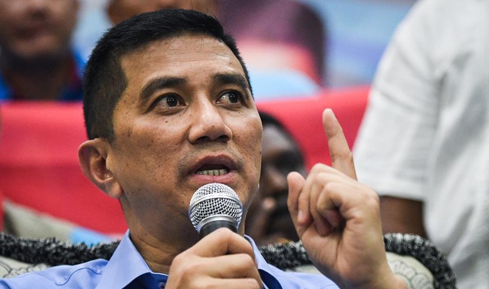 大马经济部长阿兹敏发声:为国家挺马哈迪做满任期